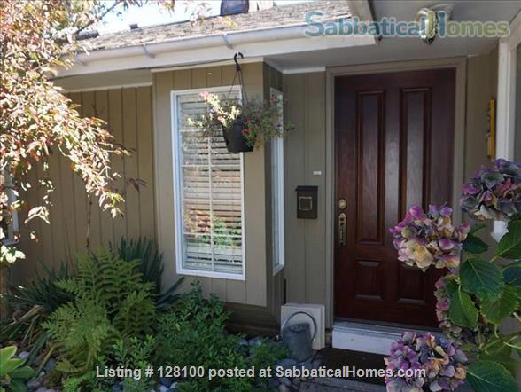 SabbaticalHomes - Home for Rent North Vancouver British Columbia Canada, Wonderful, convenient and cozy furnished