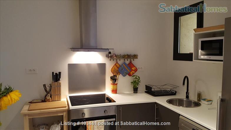 Sabbaticalhomes home for rent puyloubier france for 2 kitchen homes for rent