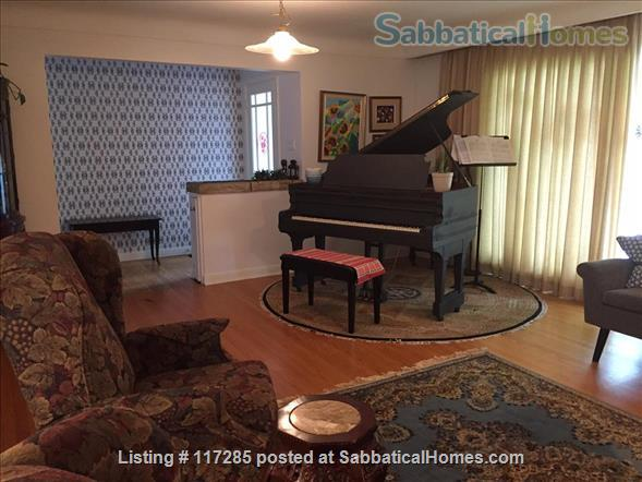 SabbaticalHomes.com - Ottawa Canada House for Rent ...
