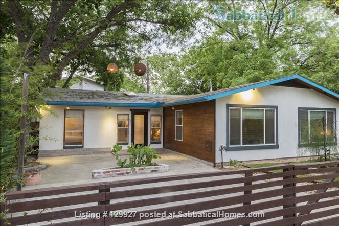 Swell Sabbaticalhomes Com Austin Texas United States Of America Home Interior And Landscaping Pimpapssignezvosmurscom