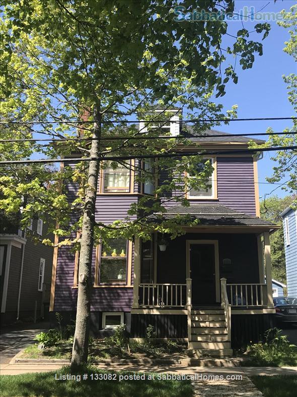 Incredible Sabbaticalhomes Com Halifax Canada House For Rent Home Interior And Landscaping Ymoonbapapsignezvosmurscom