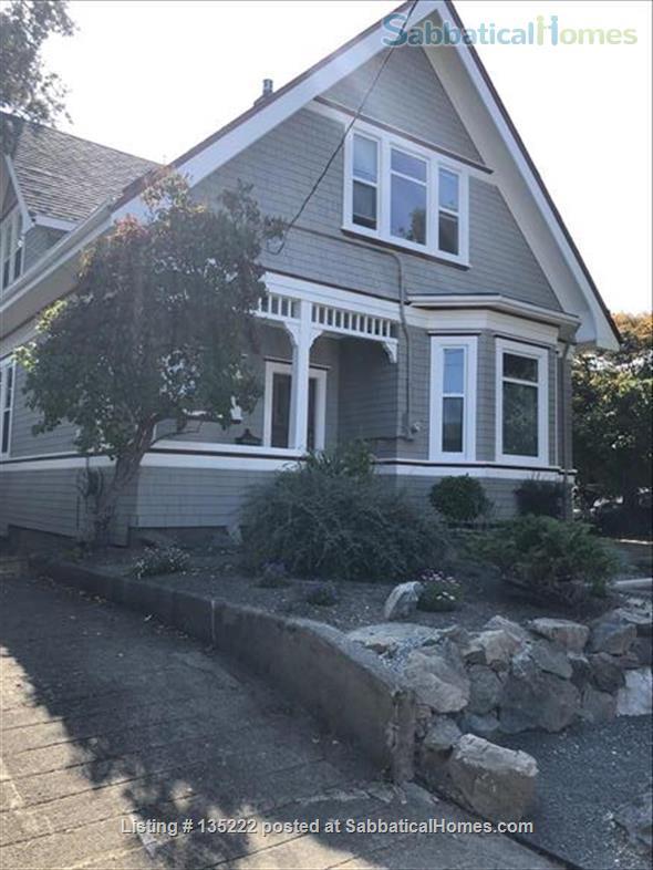 Awe Inspiring Sabbaticalhomes Com Victoria Canada House For Rent Download Free Architecture Designs Remcamadebymaigaardcom