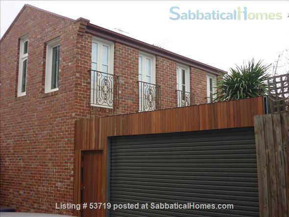 Sabbaticalhomes home for rent brunswick 3056 australia for Furnished studio rent melbourne