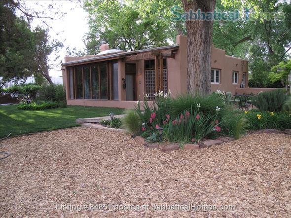 Albuquerque new mexico united states for Modern homes albuquerque