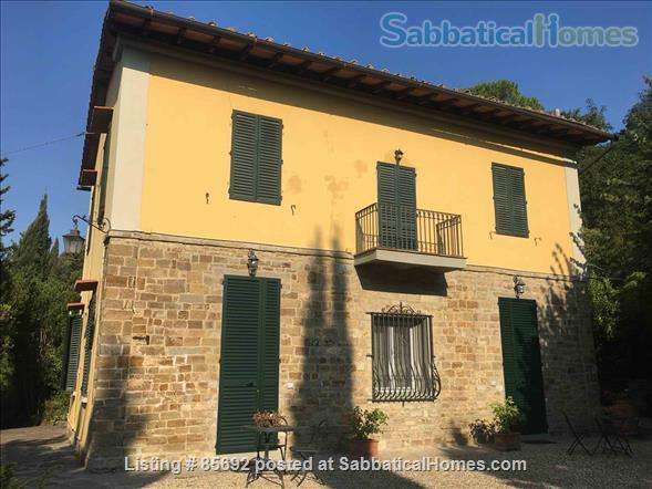 Sabbaticalhomes home for rent florence italy country for Rent a home in italy